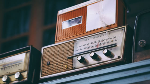 Radio Voiceover: Five tips to improve your radio voice